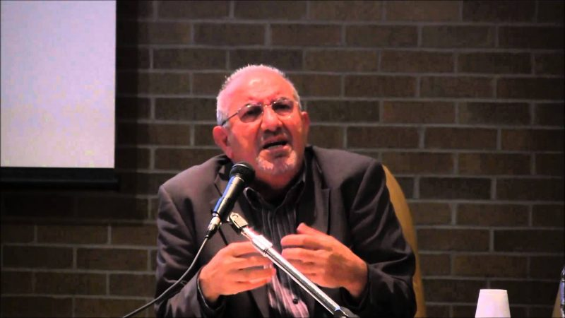 گفتگو درسحرگاهی نمناک :  حسن حسام